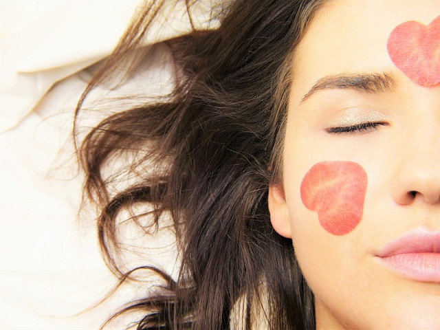 11 Tips to Take Care of Your Face!